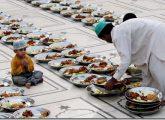 pakistani-muslim-prepares-food-for-iftar-ramadan-2009-islamic-quotes-about-the-month-of-ramadan1
