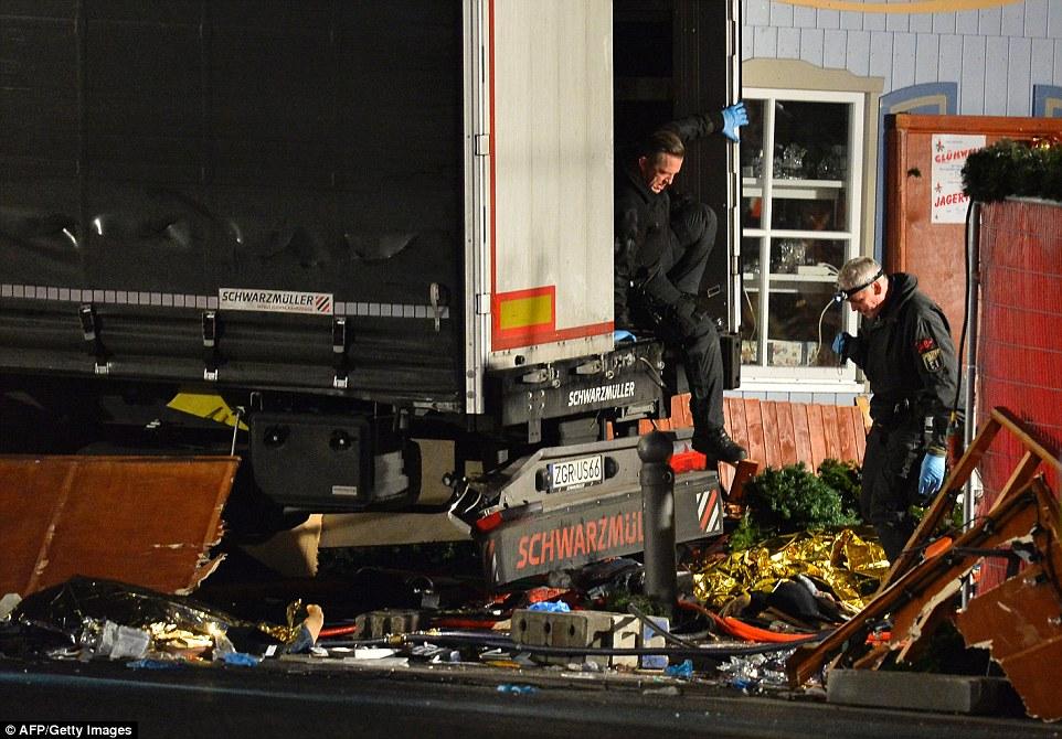 berlin-christmas-market-attack-2