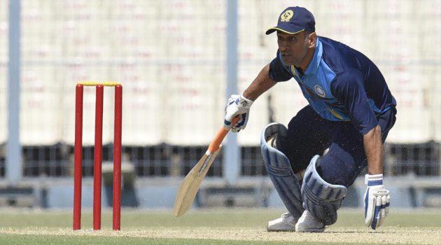 dhoni-vijay-hazare-trophy