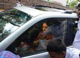sasikala-leaves-for-bengaluru_650x400_51487153406